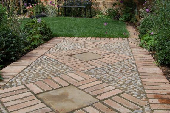Courtyard-garden-2